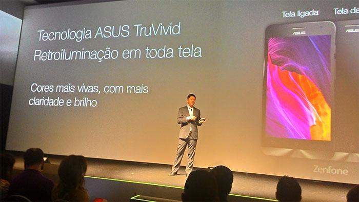 CEO Jerry Shen apresenta o ZenFone
