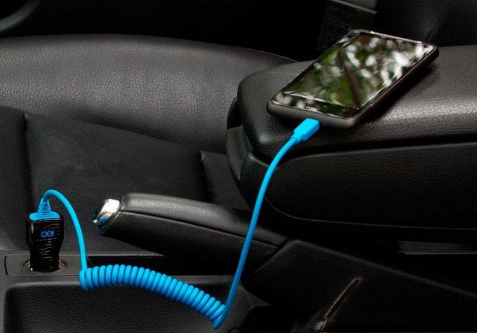 carregar o cwelular no carro via usb