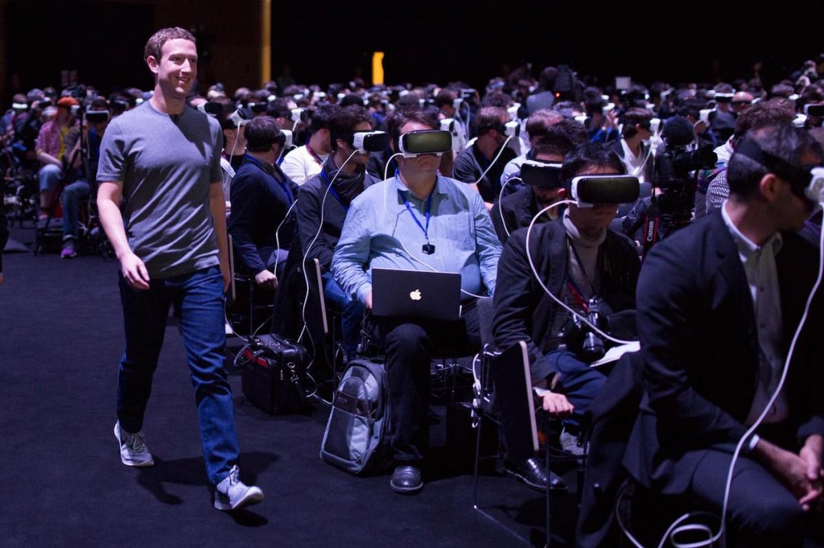 ceo do facebook, mark zuckerberg, presente na festa de lançamento do samsung galaxy s7