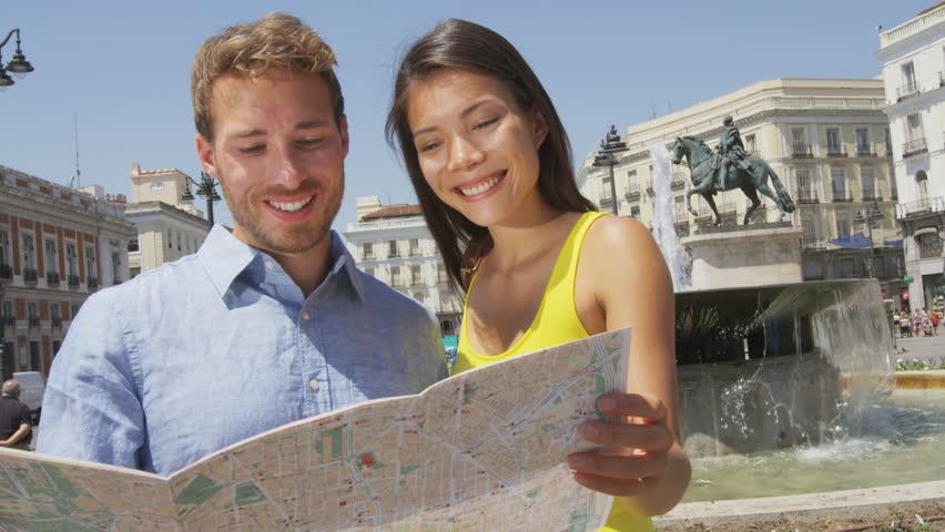 sempre bom usar aplicativos de viagem ao inves de mapa
