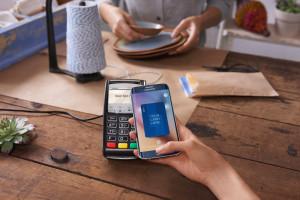 Exemplo de funcionamento do Samsung Pay