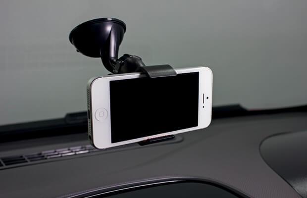 Suporte para celular em carro