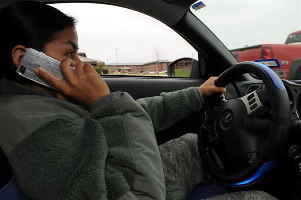 celular no carro