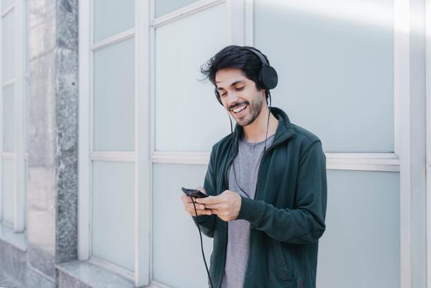 Cuide dos seus acessórios e aproveite muito mais o seu fone de ouvido novo!